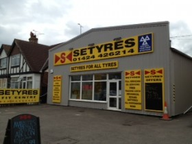 Setyres Hastings East Sussex offer tyres, servicing, brakes, air conditioning, shocks, exhausts, batteries, major repairs, diagnostics and tracking