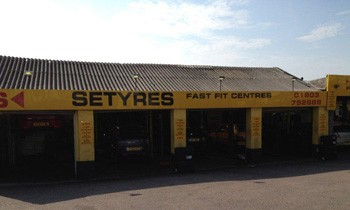 Setyres Lancing West Sussex offer tyres, servicing, brakes, air conditioning, shocks, exhausts, batteries, major repairs, diagnostics and tracking