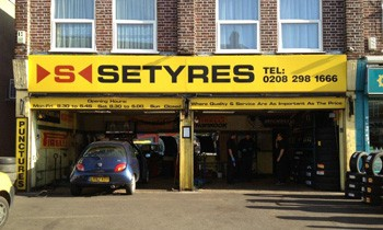 Setyres Sidcup Blackfen Road Kent offer tyres, servicing, brakes, air conditioning, shocks, exhausts, batteries, major repairs, diagnostics and tracking